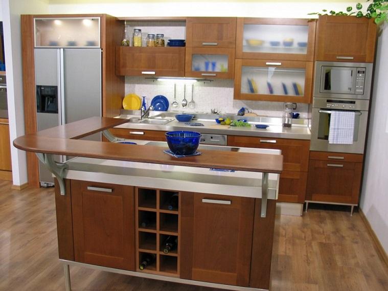 Fancy Kitchen Decoration In Wood
