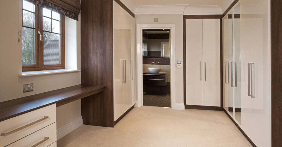 Maximize Bedroom Storage In.... Modernist Fitted Wardrobe Design 2015