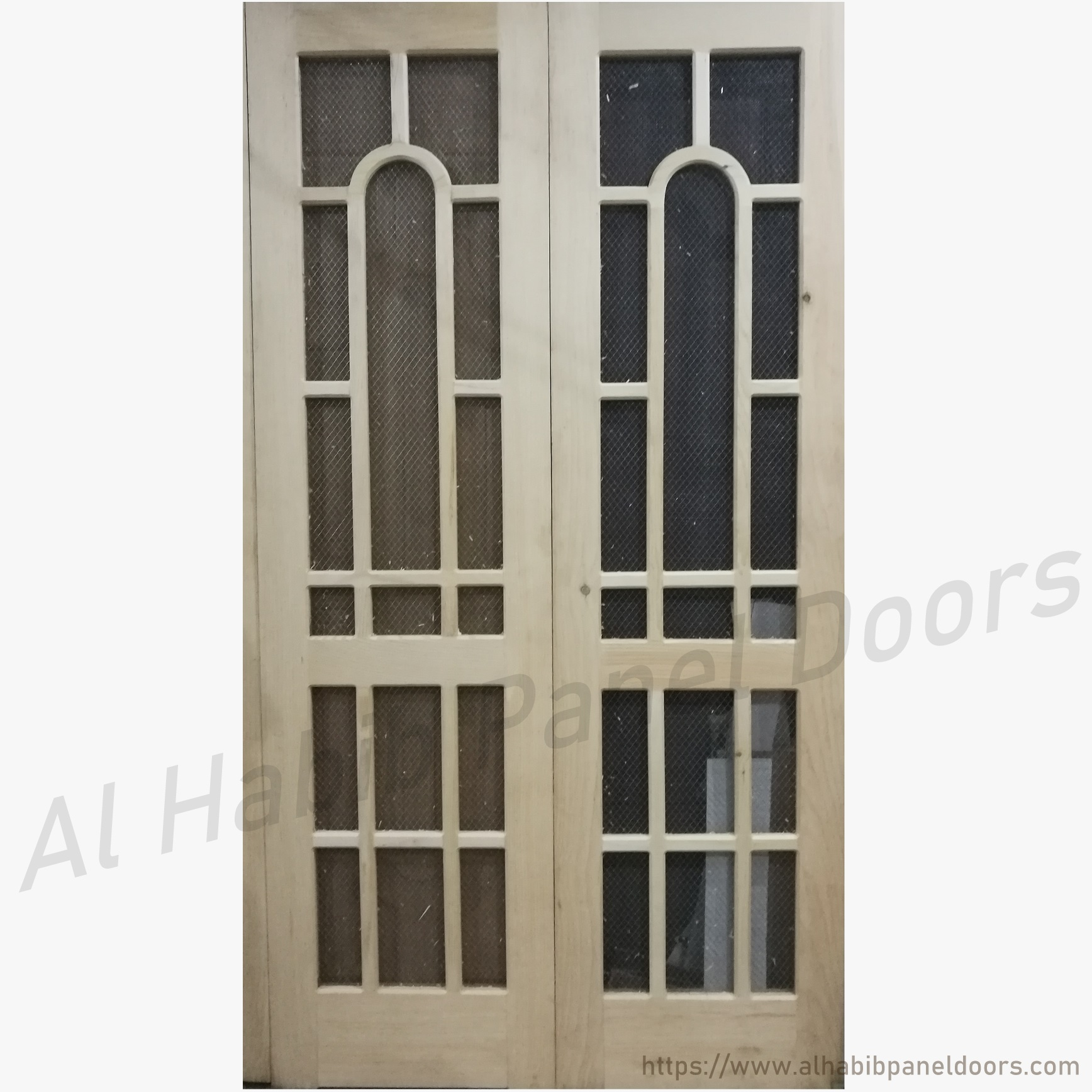 Pakistani kail wire mesh double door hpd513 mesh panel for Kail wood doors designs